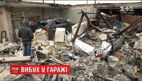 В столице двое мужчин пострадали в результате взрыва в гараже