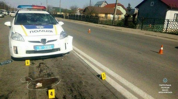 В Івано-Франківську п'яна жінка на авто збила патрульного і учасників ДТП і втекла з місця події