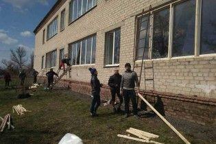 У Балаклії запрацювали дві школи, які постраждали від вибухів боєприпасів
