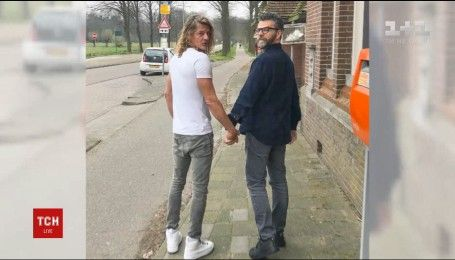 У Голландії влаштували флешмоб на підтримку гей-пари, яку жорстоко побили