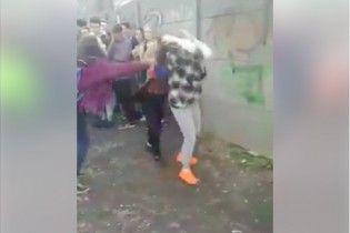 Студентка, яка входила до групи лупцювання підлітків у Чернігові, забрала документи з педвишу