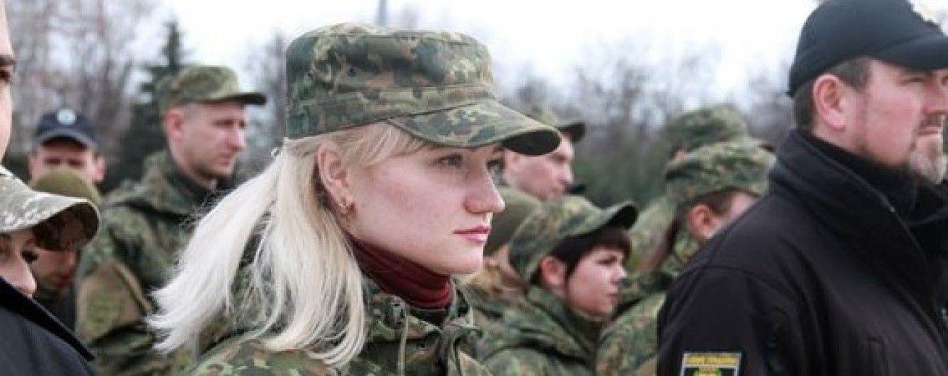 """У Маріуполі дівчина-офіцер затримала бойовика-втікача з """"ДНР"""""""