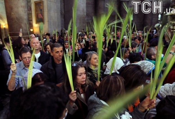 Reuters показало, як християни в усьому світі відзначають Вербну неділю