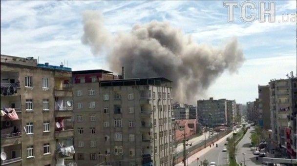 Вибух у відділку поліції в Туреччині: названо попередню причину інциденту, який забрав одне життя