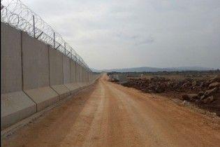 "Проект ""Стена"": Турция завершила строительство 556-километрового забора на границе с Сирией"