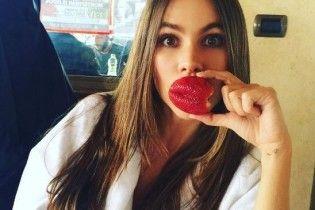 София Вергара снимком без макияжа напугала поклонников
