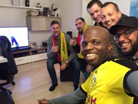 Фанати Боруссії прихистили уболівальників Монако, bedforawayfans_2