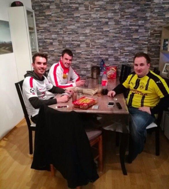 Фанати Боруссії прихистили уболівальників Монако, bedforawayfans_1