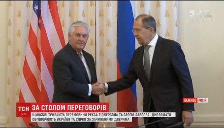 Госсекретарь США за закрытыми дверями встретился с Лавровым в Москве