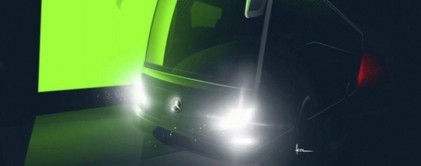 Mercedes-Benz проведет рестайлинг автобуса Tourismo RHD