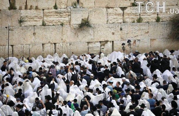 Чистий четвер: у Єрусалимі зібралися на молитву тисячі вірян
