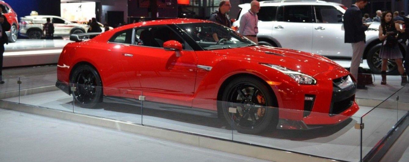 Японцы привезли в Нью-Йорк особый Nissan GT-R Track Edition