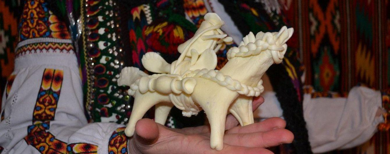Великодні традиції Карпат: рецепт і легенда виготовлення сирних коників
