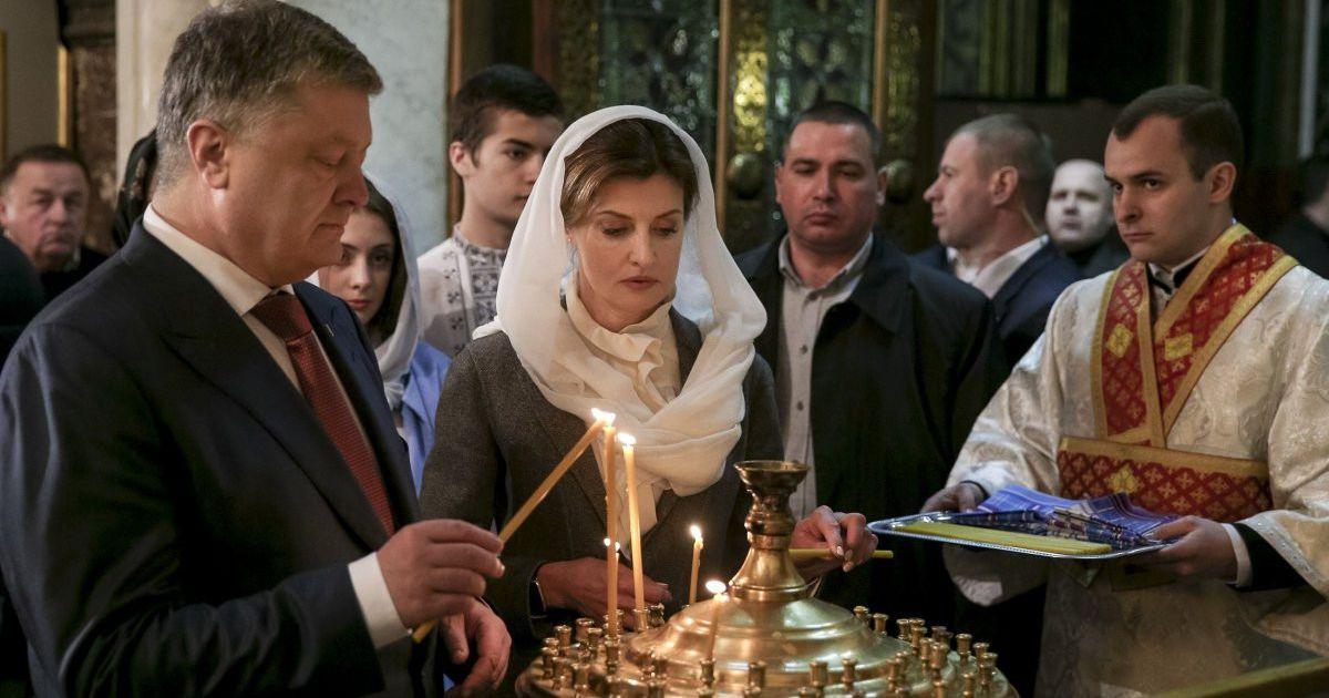 Президентське подружжя Порошенків на служіннях в Києві