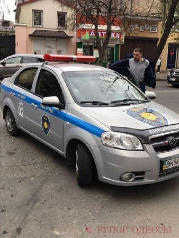 В Одесі влаштували масову бійку через гучну музику з машини – ЗМІ