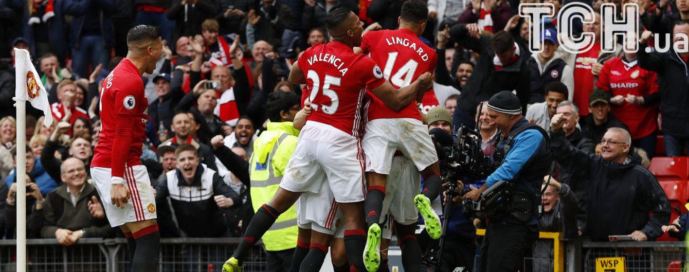"""""""Манчестер Юнайтед"""" обыграл """"Челси"""" и ворвался в топ-5 чемпионата Англии"""