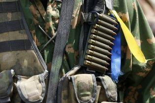 У зоні АТО на честь загиблих українських військових запустили прощальний салют