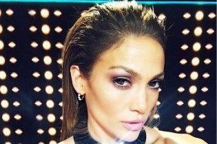 Как всегда, эффектна: Дженнифер Лопес в роскошном платье на концерте в Доминикане