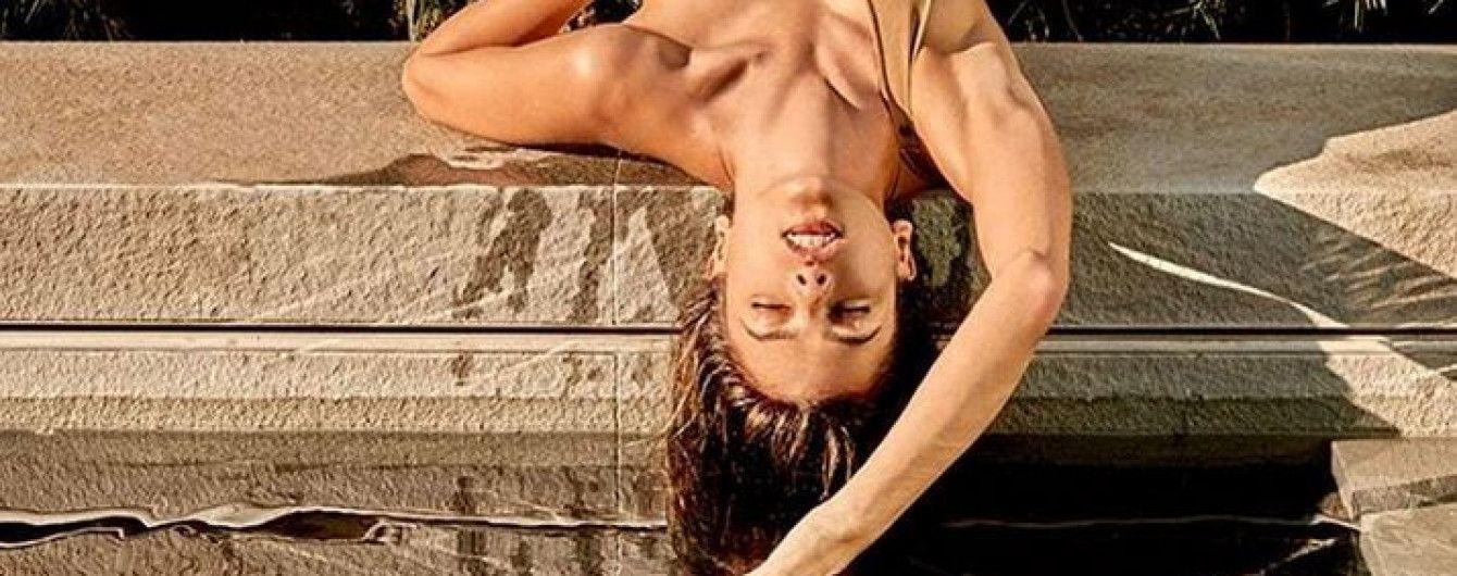 Без трусов: Алессандра Амбросио снялась в откровенной фотосессии