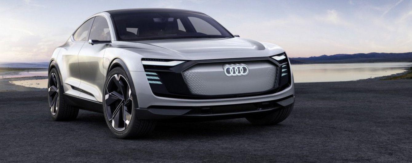 Audi показала купеобразный электрический кроссовер