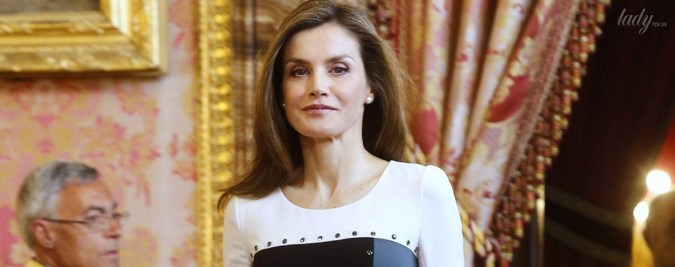 В обтягивающем платье и туфлях Prada: королева Летиция на официальном приеме