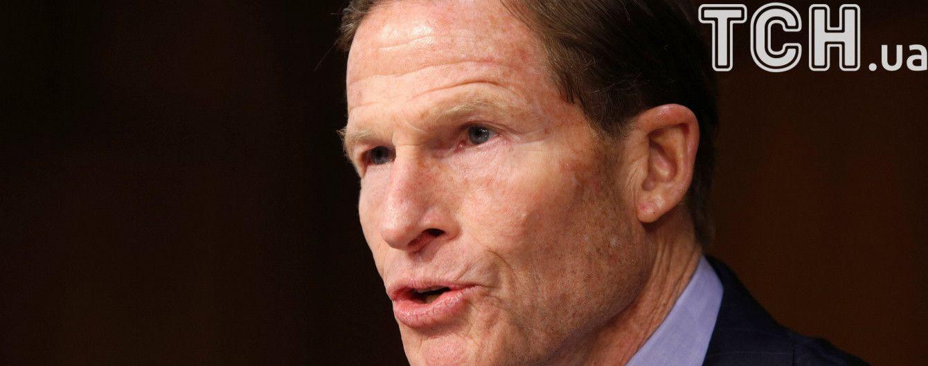 Американский сенатор призвал ФИФА лишить Россию чемпионата мира по футболу