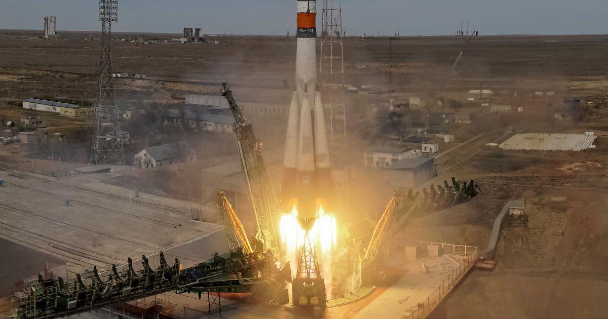 Фото запуску космічного корабля @ Reuters