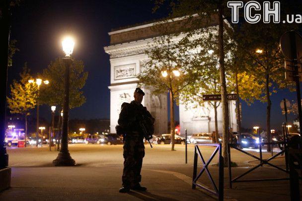 """""""Исламское государство"""" взяло на себя ответственность за стрельбу в Париже"""