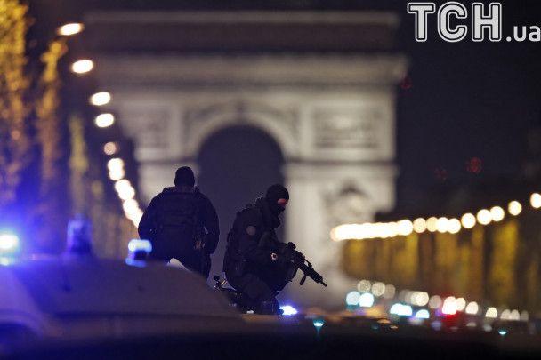 """""""Ісламська держава"""" взяла на себе відповідальність за стрілянину у Парижі"""