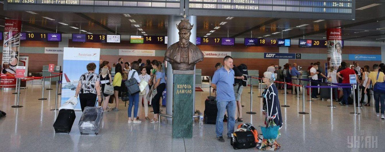 Летом начнут летать прямые рейсы со Львова в Познань