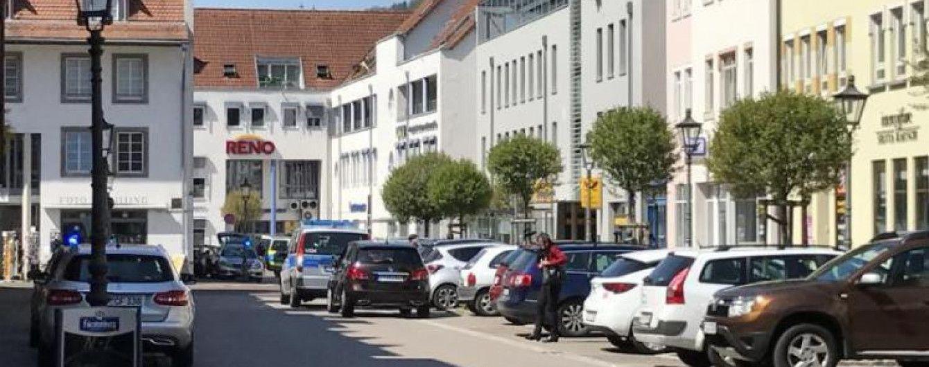 У Німеччині невідомий зі зброєю напав на банк