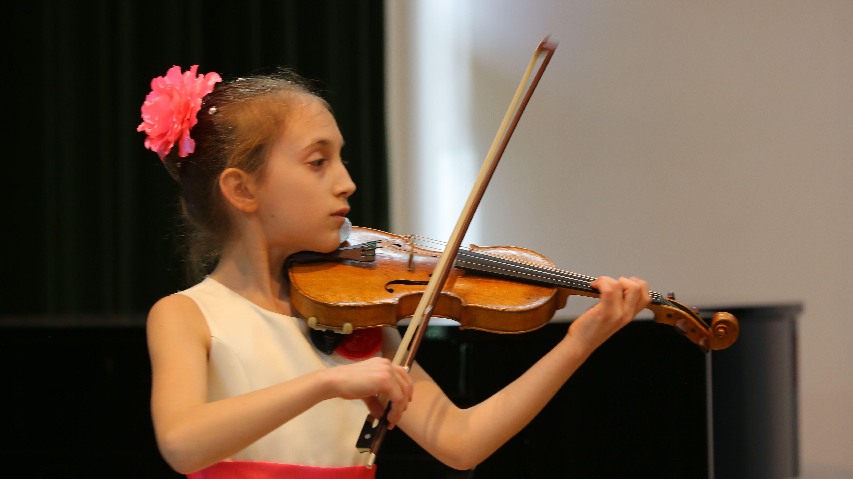 Лана Герасименко Здійсни мрію, скрипка_2