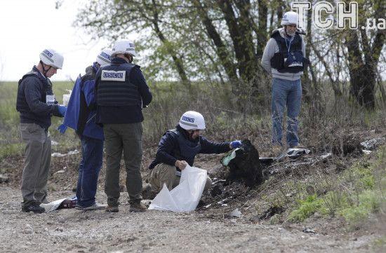 На окупованій Луганщині чоловік погрожував спустити собаку на спостерігачів ОБСЄ