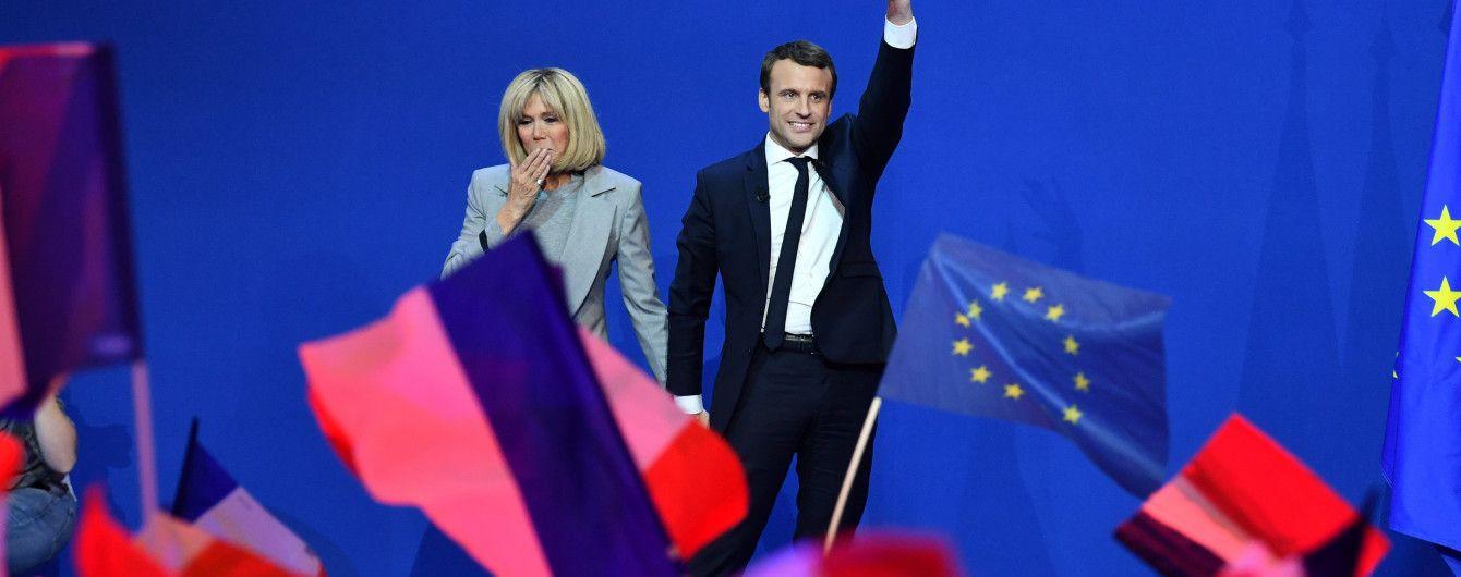 Трамп, Олланд, Мэй поздравили Макрона с победой на выборах во Франции
