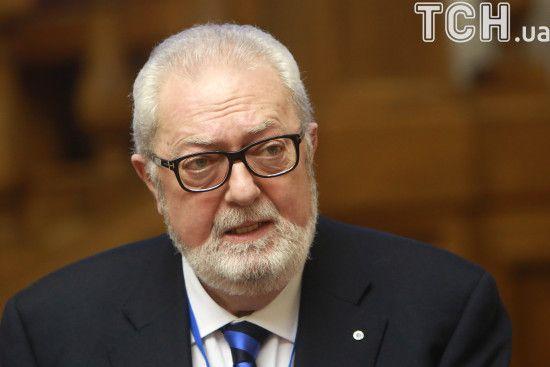 ПАРЄ проголосувала за процедуру відставки скандального президента Аргамунта