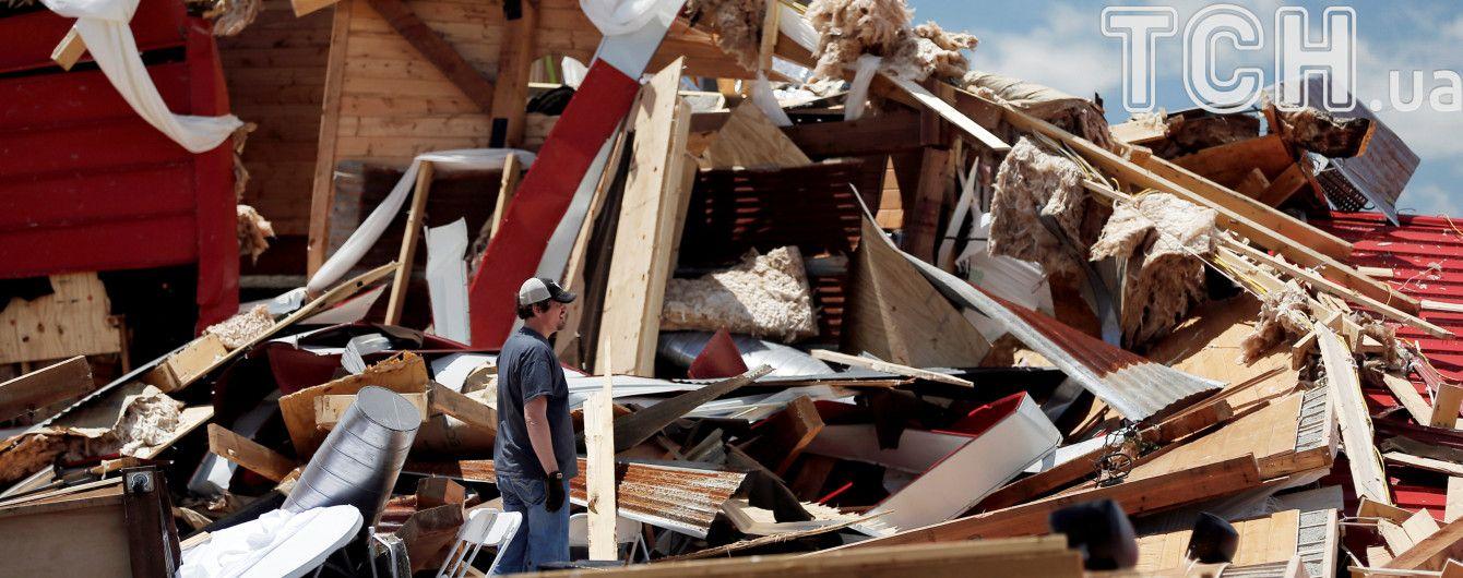 Разрушительные торнадо атакуют юг США