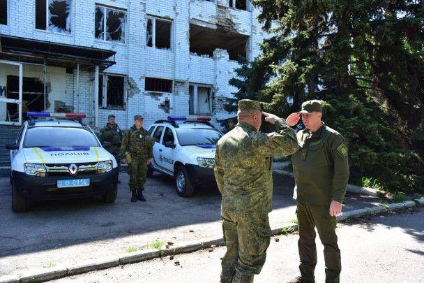 Аброськин заявил о нехватке полицейских в прифронтовом районе Марьинки