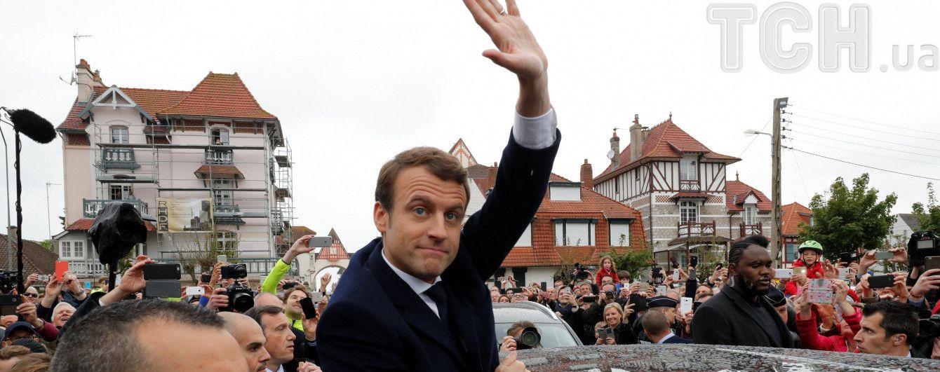 У Франції затвердили результати виборів: Макрон офіційно став переможцем
