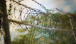 """На Донбасі окупанти засудили до 19 років жителя Дебальцевого """"за шпигунство"""""""