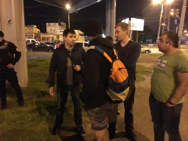 В Одессе демонтировали памятный камень Жукову, который установили сторонники запрещенной КПУ