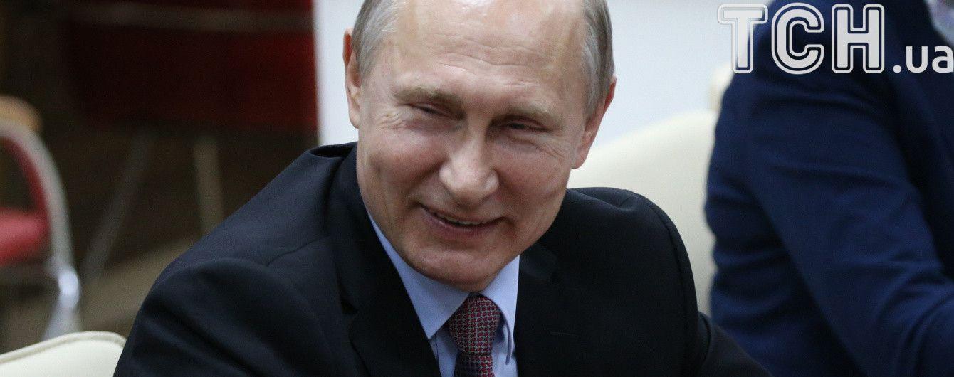 Путин решил не поздравлять Порошенко и Маргвелашвили с Днем Победы