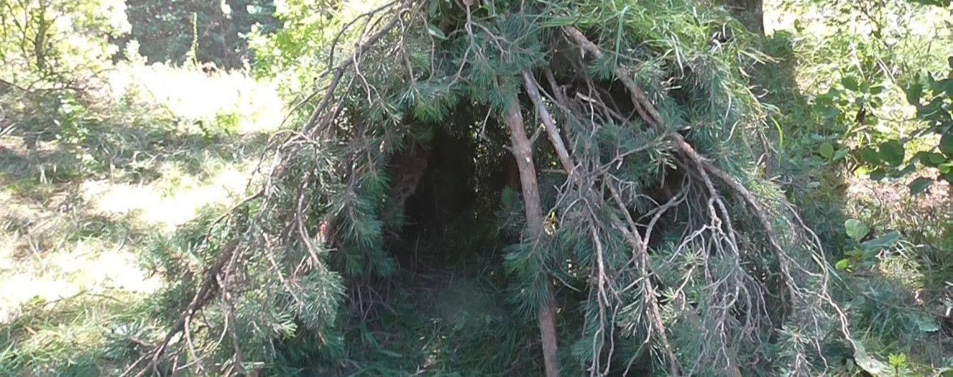 На Полтавщине в шалаше в саду нашли мумифицированные тела людей