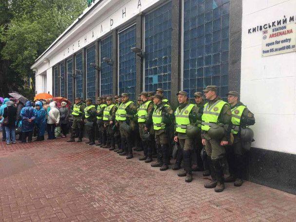 День Победы в Киеве: активисты ожидают провокации, МВД вывело 7000 правоохранителей на улице
