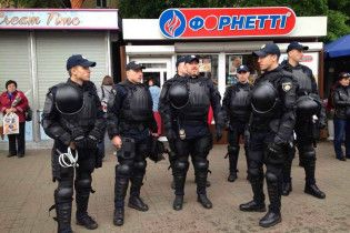 День Перемоги у Києві: активісти очікують на провокації, МВС вивело 7000 правоохоронців на вулиці