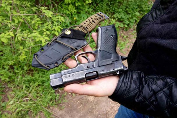 В Одессе задержали вооруженного мужчину, который пытался прорваться на Аллею Славы