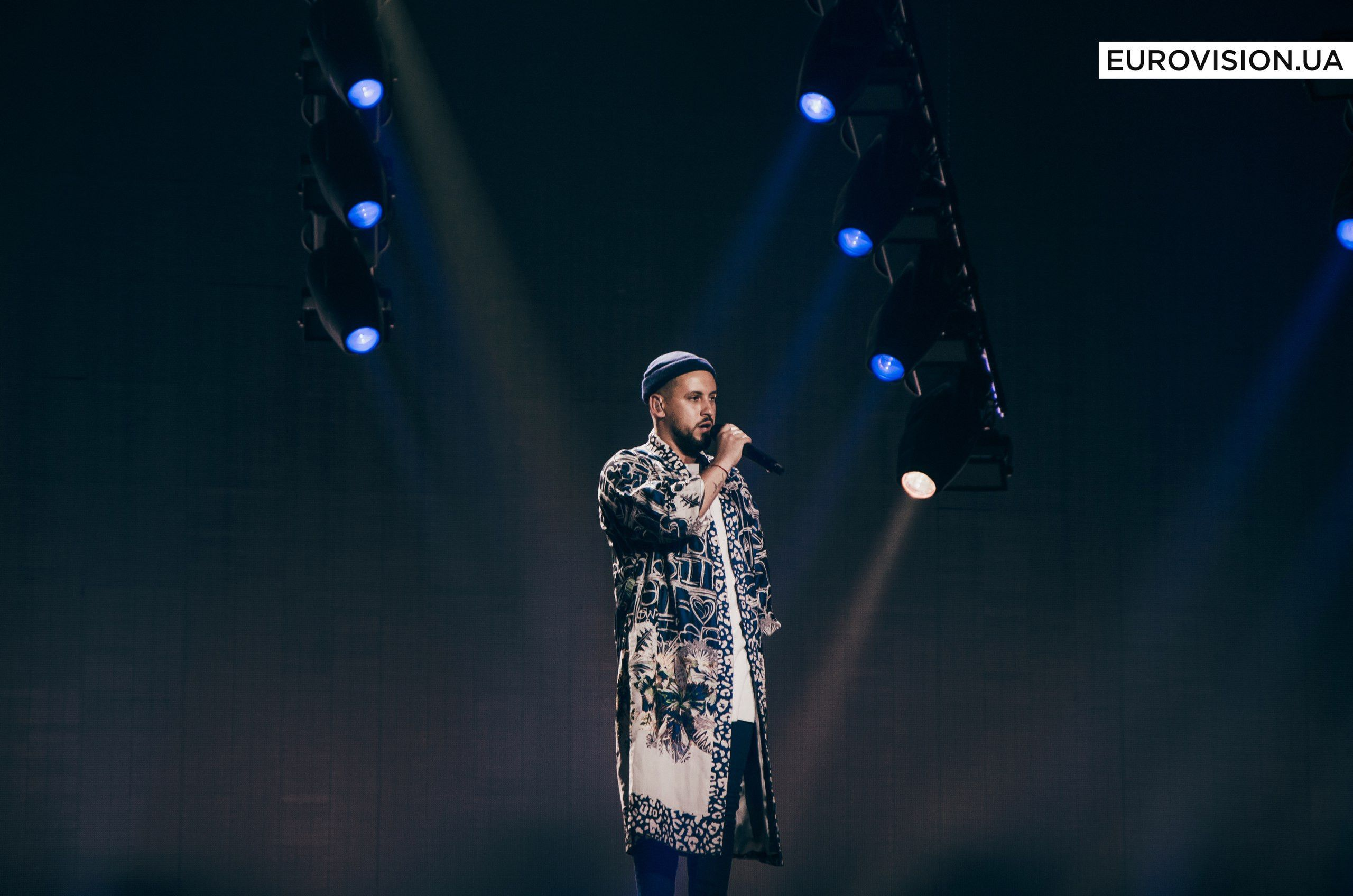 MONATIK феєрично відкрив перший півфінал «Євробачення-2017»_3