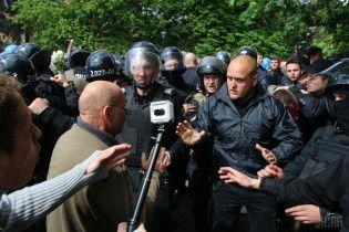 """У МВС розповіли, коли """"розберуться"""" з діями правоохоронців під час сутичок 9 травня в Дніпрі"""