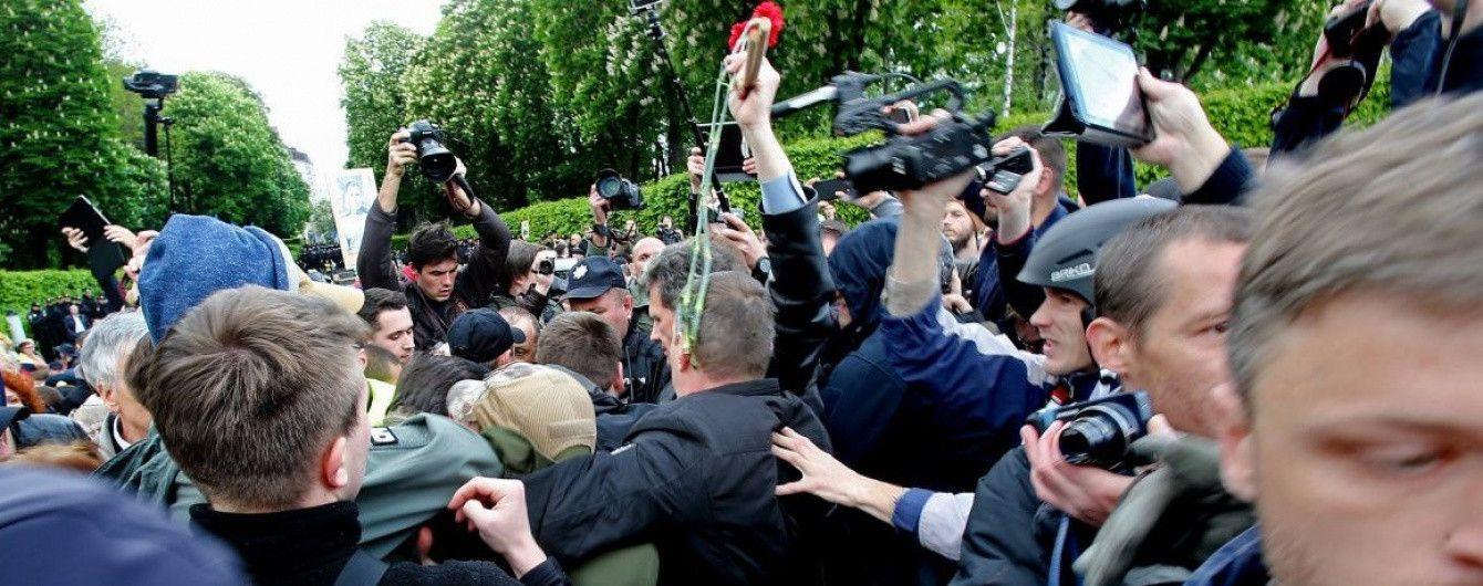 """В Днепре арестовали первого """"титушку"""", участвовавшего в избиении ветеранов АТО"""