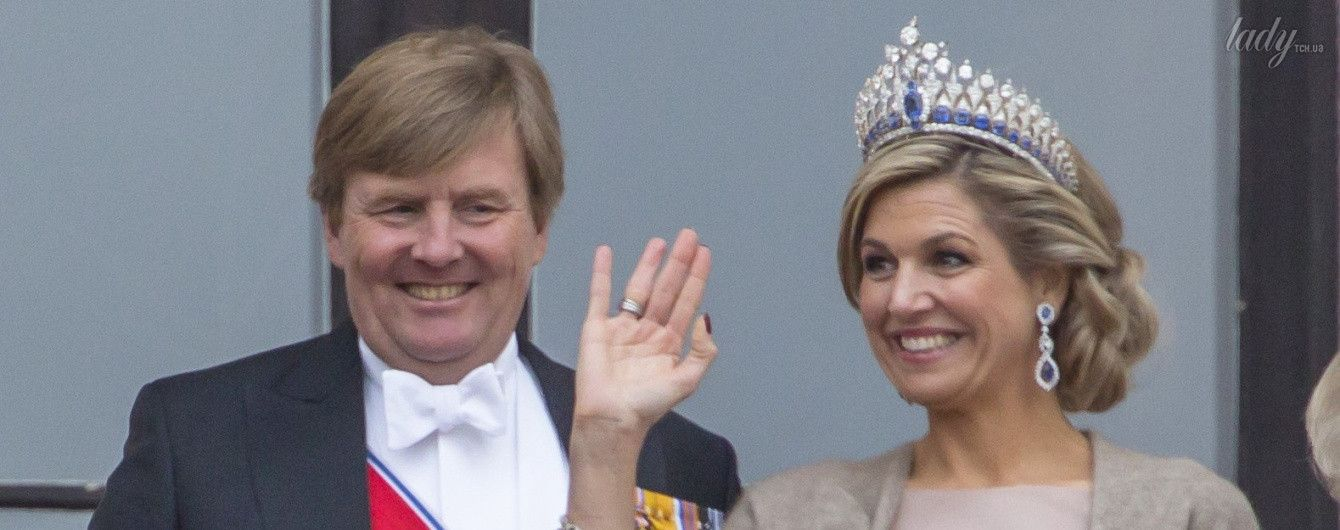 В сапфировых украшениях и с фиолетовым клатчем: королева Максима на гала-ужине в Осло