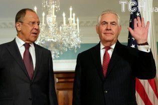 Лавров розповів Тіллерсону, чому РФ вводить санкцій проти США